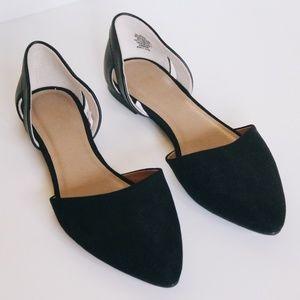 GAP Pointed Toe Flats Black Size 8